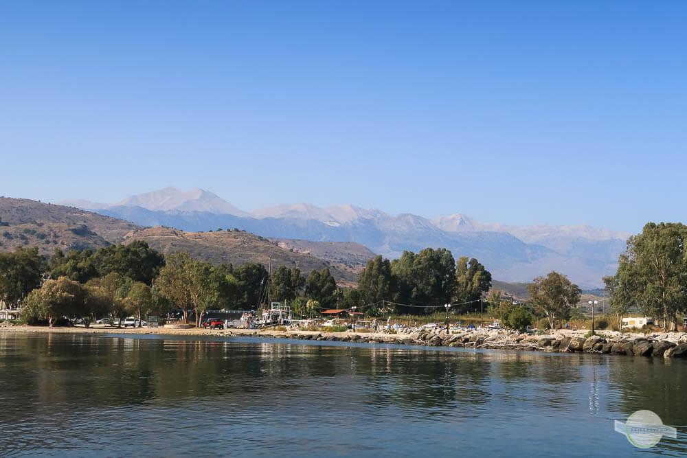 Blick von Georgioúpoli auf die weißen Berge