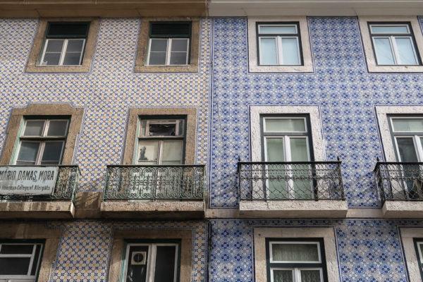 Azulejos an den Häusern sind Lissabon Highlights