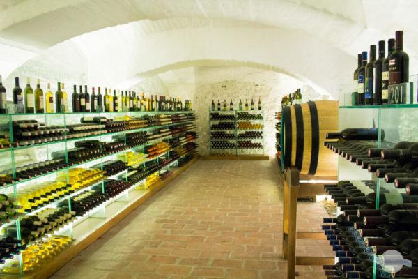 Weinarchiv in Bildein