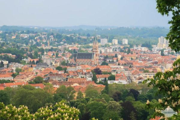 Die Fernsicht vom Schloßberg in Graz