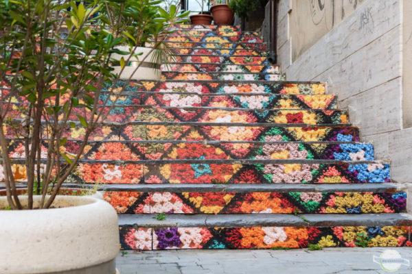 bunte Treppen auf Sizilien