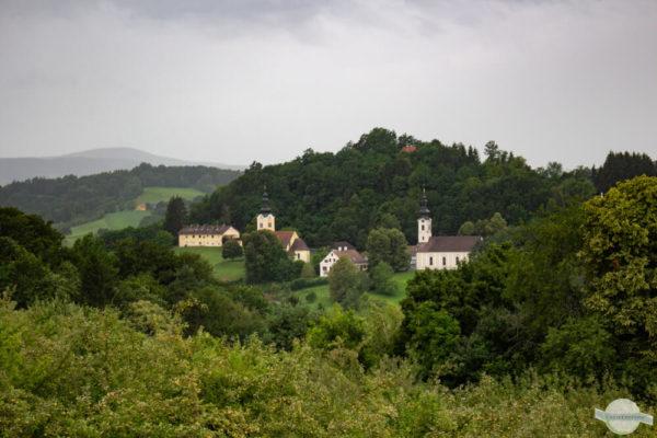 Neuhaus am Klausenbach bei Regen