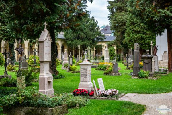St. Sebastiansfriedhof in Salzburg: Grab von Mozarts Witwe